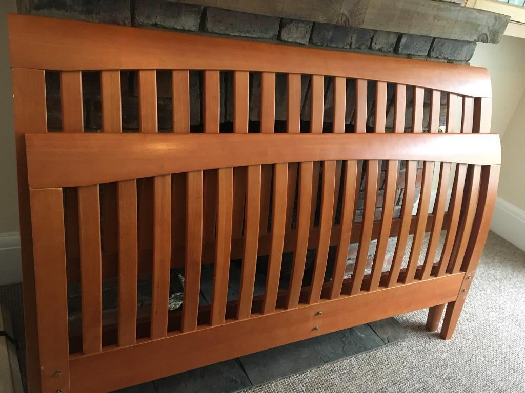 Excellent quality king size sleigh bed