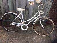 Vintage Ladies Raleigh Caprice Town Bike ( spares or repair