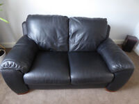 2 seater black leather sofa,no sagging,good quality not a cheap sofa very well made.