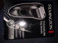 Brand new men's Remington shavers