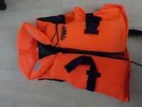 Child's Buoyancy Aid/Vest - Ideal for Boating - Weight 30-40kg - £7