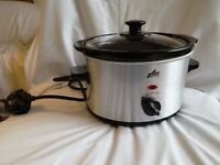 Slow Cooker (Team) --brand new! --CHARITY SALE--