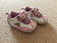 Clark's girls shoes size 3.5 F