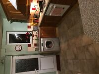 Double room for rent LL18 inc parking broadband on public transport routes