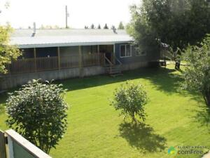 $219,900 - Manufactured home for sale in Parkland County