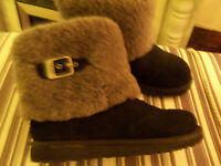 Ladies Or Girls UGG Boots Black And Grey Worn 3 Or 4 Tmes As New