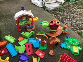 Toot toot farm toys