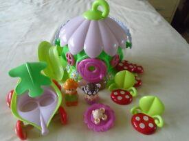 Happyland Fairy Playhouse & figures