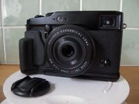 FUJI X-PRO 1 CAMERA WITH 27MMF/2.8 LENS AND FUJI MXG-XPRO GRIP - MINT CONDITION.