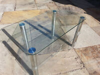 Quality Glass TV Table, TV Stand, Stereo / Hi-Fi Stand, Landlords Lounge Furniture Fishtank Stand ?