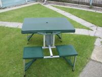 camping/picknick table