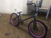 bmx bike ** NO CHAIN OR SPROCKET**