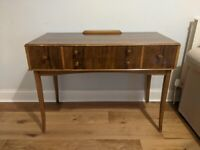 Vintage wood dressing table - Used - Perfect for upcycling