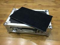 "Flightcase Warehouse Spider Professional ""Small"" pedalboard and full flightcase"