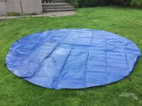 Big trampoline / garden table new / never used cover - 390cm dia