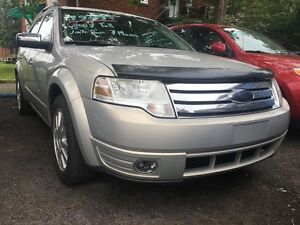 2009 Ford Taurus X Limitée - AWD - Toit - Cuire - 7 sieges