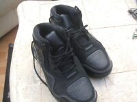 Mens Basketball boots
