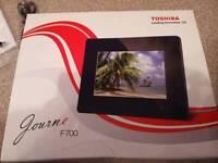 Toshiba digital picture frame