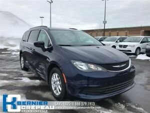 2017 Chrysler Pacifica LX **FULL STOW N GO, CAMERA, BLUETOOTH+WO