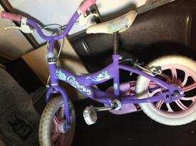 A girls bike