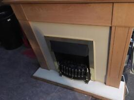 Electric fire with flame side controls (light wood)