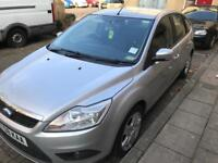 CLEAN 2008 AUTOMATIC FORD FOCUS, LOW MILEAGE!!