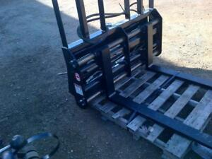 Hydraulic Pallet Forks --- Skid Steer & Tractor --- Canadian Built --- Hoses Included --- Free Delivery