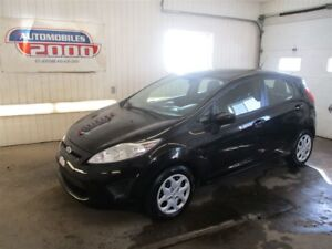 2013 Ford Fiesta SE/Automatique/Air/Très propre