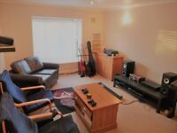 2 bedroom flat to rent Rose Green Close - NO FEES