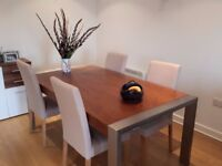 Lovely, large table, 6-8 seated comfortably (extendable)