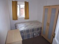 SINGLE ROOM WITH DOUBLE BED TO RENT IN NORTH ACTON ( CENTRAL LINE) - ZONE 2/3