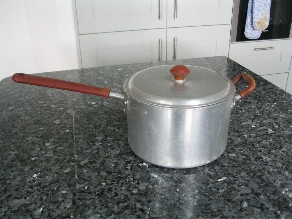 Vintage Retro 1950's Crown Merton Aluminium Saucepan - Burgundy - 8