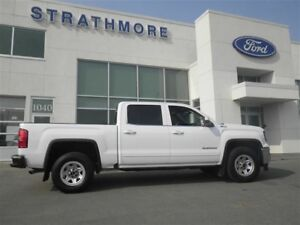 2018 GMC Sierra 1500 Super LOW Mileage! 6 Pass Half TON With 5.3
