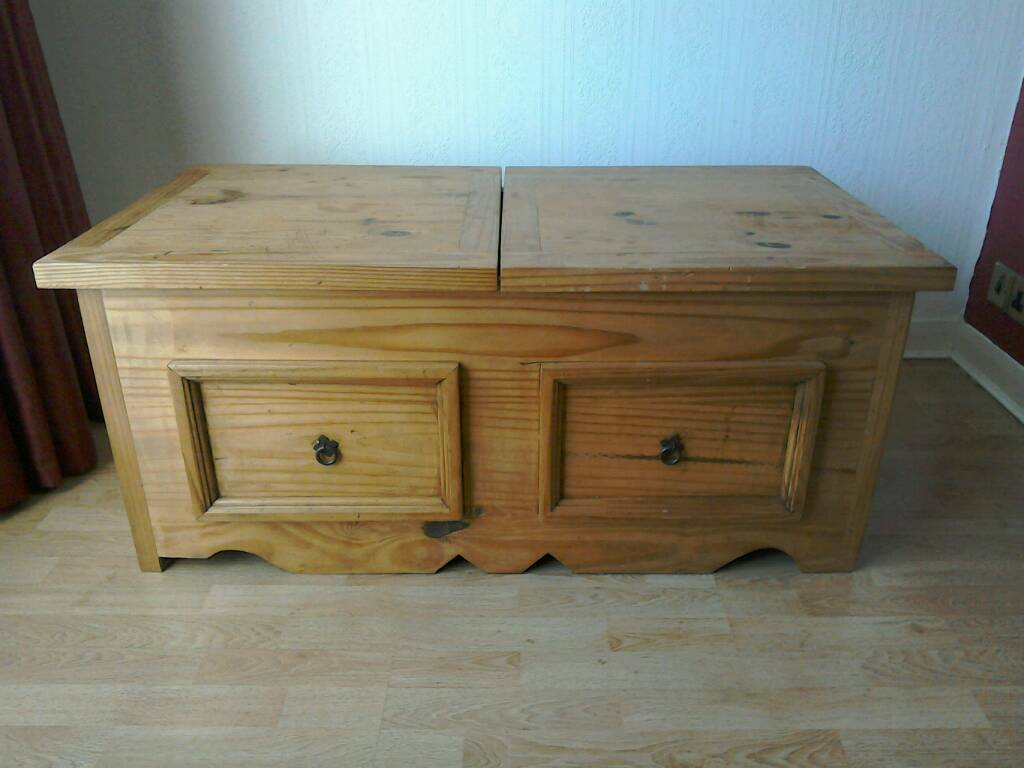 Mexican Pine Storage Coffee Table
