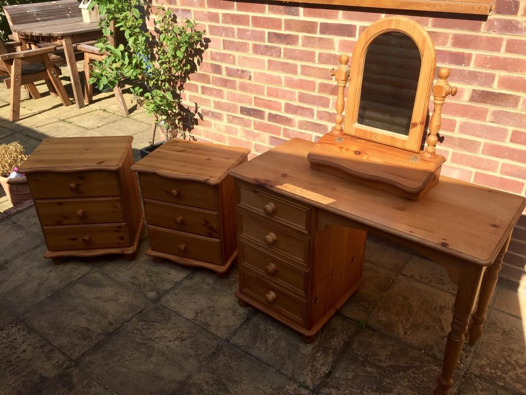 Second Hand Pine Bedroom Furniture Bedroom Cabinet Mirror Ads Buy Sell Used Find Great Prices