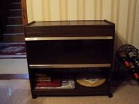 Hostess trolley used but in fab condition complete with 4 dishes