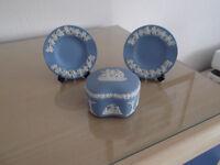 Wedgwood Jasperware trinket box and pin trays