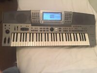 Technics KN6000 Keyboard/Workstation 61 Keys built in Rhythms, Drum Kits & Sounds