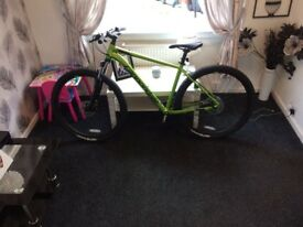 Mens cannondale hard trail mountain bike, brand new condition, paid £600 looking for £400 no offers!