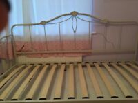 2 SINGLE BED FRAME + 3 SINGLE MATTRESS WITH 2 TRUNDLE PULL OUT BEDS