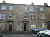 Wallace Street, Dumbarton. Top Floor Flat. Two Bedrooms