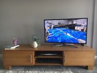 TV Unit/stand - wooden - good condition