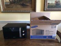 Almost Brand New - Samsung Microwave, 23 Litre, 800 Watt, Black - Packaging & Manual still available