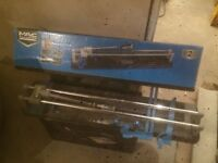 Mac Allister 600mm tile cutter used