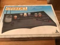Citadel Paint Station - with Cutting Mat, Water Pot etc. NEW + BOXED