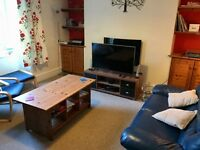 Large double bedroom 10 min walk from uni