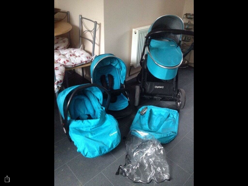 Frozen Blue Oyster 2 Travel System Pram Car SeatBuggy Strollerin Bramhall, ManchesterGumtree - In very good clean ready to use condition, includes carrycot, car seat and buggy stroller that faces both ways and lies back flat with a built in bug net, rain cover and footmuff to keep toes warm