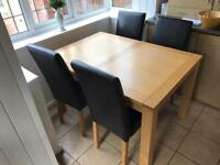 Contemporary Dining kitchen Table 4 chairs extendable