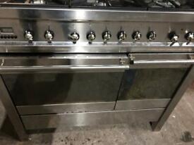 Smeg duelfuel range cooker