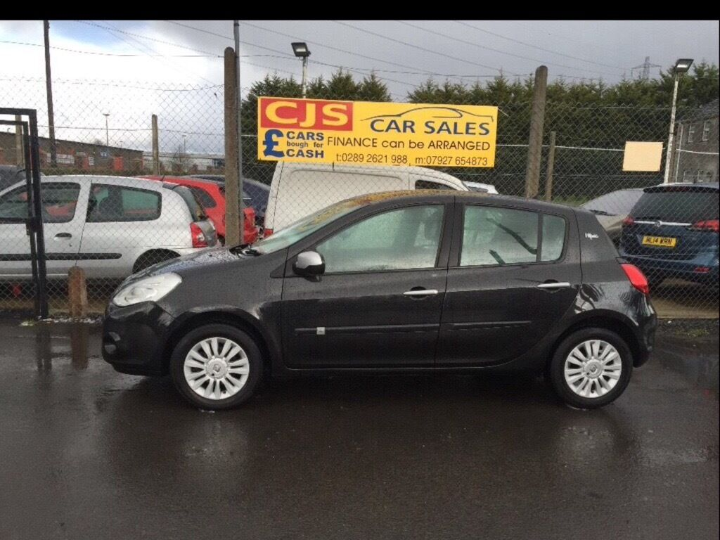 Renault Clio imusic 1200 petrol 2010 new model one owner 50000 ful history full year mot mint car